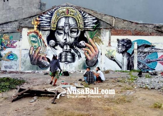 Nusabali.com - kritik-pariwisata-bali-melalui-mural