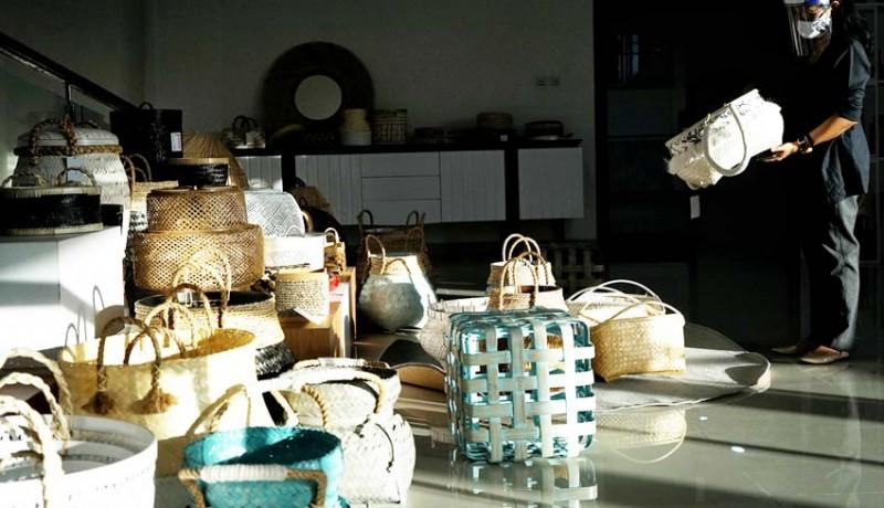 www.nusabali.com-pameran-untuk-membangkitkan-umkm