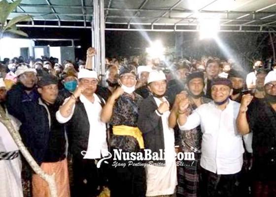Nusabali.com - deklarasi-relawan-bagus-tembuku-siap-menang-di-pilkada-bangli-2020