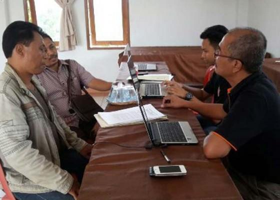 Nusabali.com - perbekel-dan-lurah-kena-sanksi