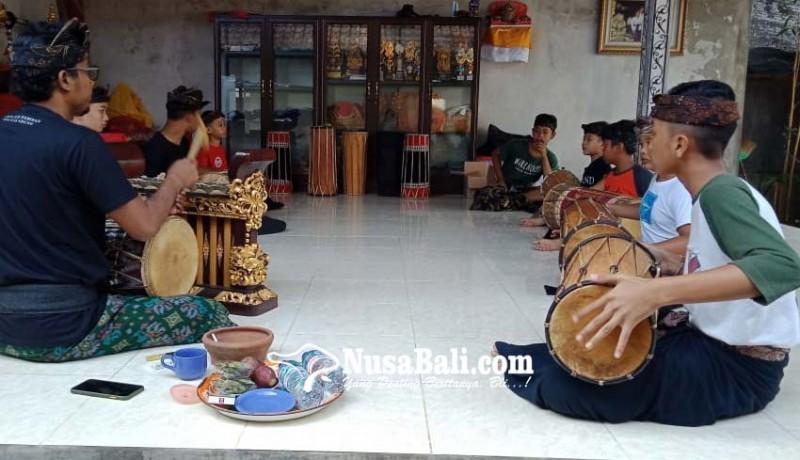 www.nusabali.com-siapkan-anak-anak-bekompetisi-makendang