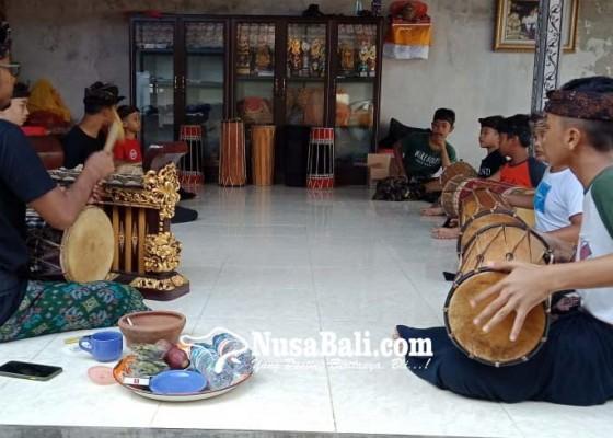 Nusabali.com - siapkan-anak-anak-bekompetisi-makendang