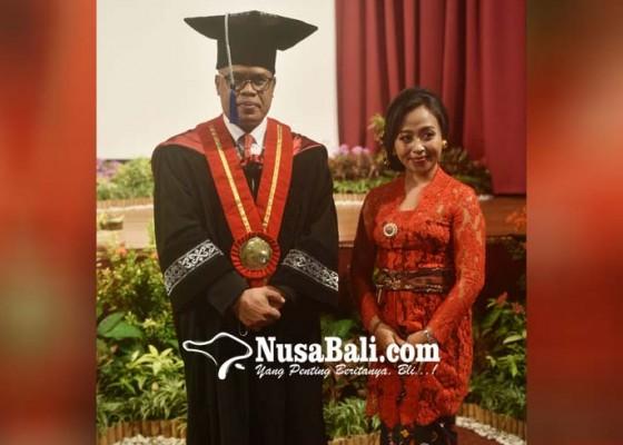 Nusabali.com - prof-kun-adnyana-janji-mengabdi-untuk-pemajuan-seni-dan-budaya