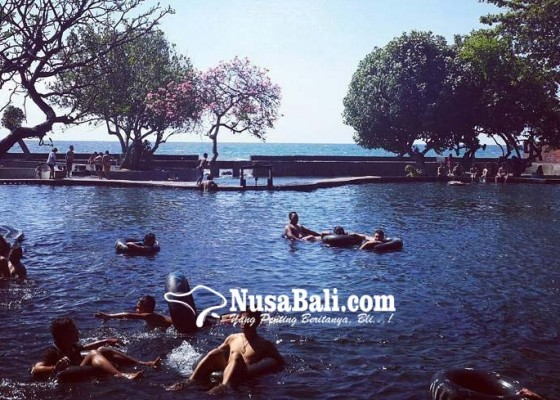 Nusabali.com - wisatawan-domestik-mulai-padati-air-sanih