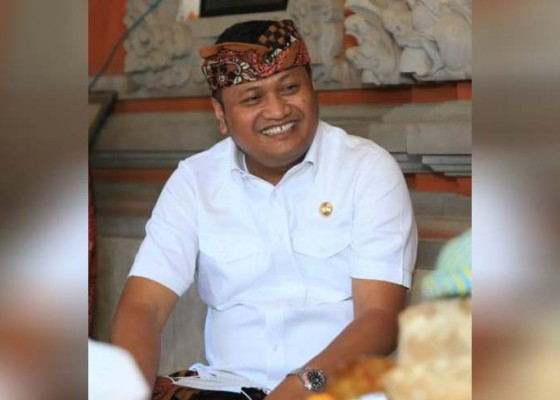 Nusabali.com - bupati-mahayastra-dukung-terapi-arak