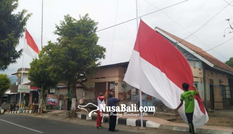 www.nusabali.com-jelang-hut-ri-bendera-raksasa-hiasi-desa-sulanyah