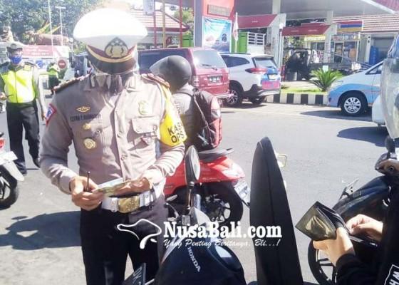 Nusabali.com - operasi-patuh-lempuyang-di-buleleng-jaring-ratusan-pelanggar