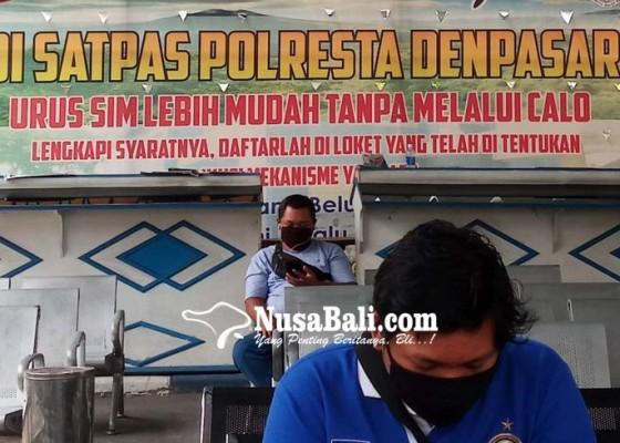 Nusabali.com - satlantas-polresta-tepis-isu-calo-pembuatan-sim
