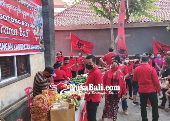 Nusabali.com - diramaikan-pedagang-don-kesawi-hingga-lengis-tanusan