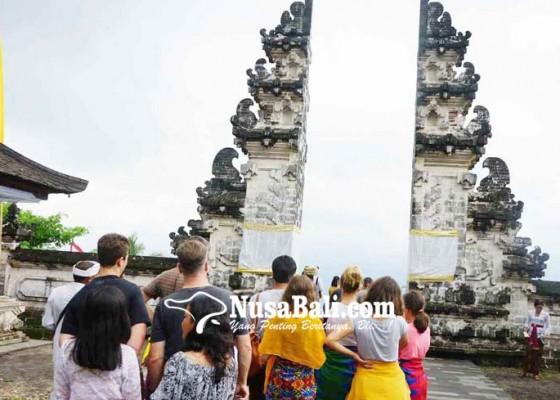 Nusabali.com - terbawa-viral-foto-selfi-di-pintu-surga