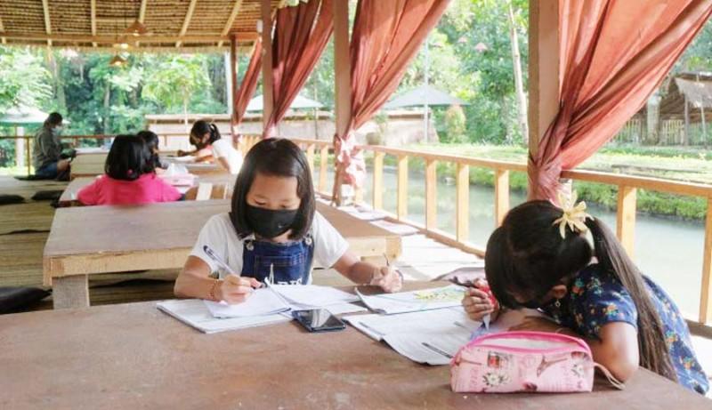 www.nusabali.com-restoran-di-gianyar-sediakan-wifi-gratis-untuk-siswa