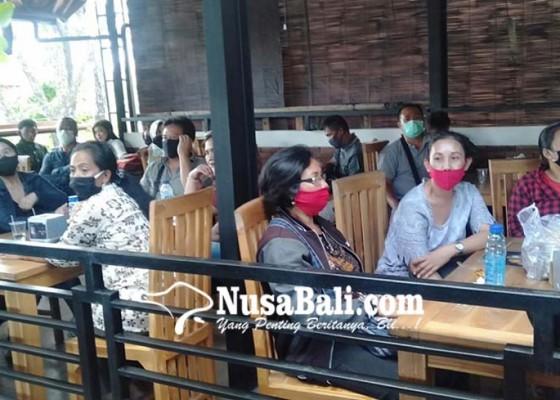 Nusabali.com - uang-rp-155-miliar-raib-para-nasabah-tempuh-jalur-hukum
