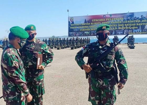 Nusabali.com - dua-batalyon-prajurit-kodam-ixudayana-kembali-ke-pangkalan