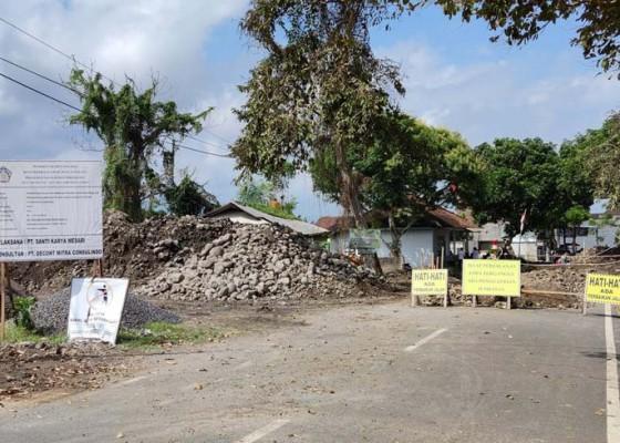 Nusabali.com - warga-harap-proyek-penggantian-jembatan-dikebut