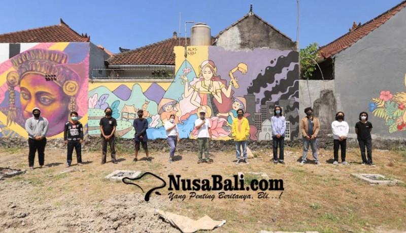 www.nusabali.com-seniman-berbicara-ungkap-makna-mural-agro-learning-center