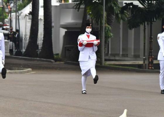 Nusabali.com - wakil-bali-terpilih-jadi-pengerek-bendera-di-istana