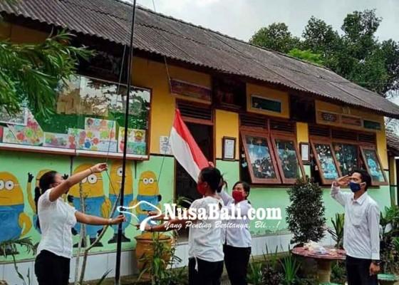Nusabali.com - 302-siswa-paket-c-belum-dapat-ijazah