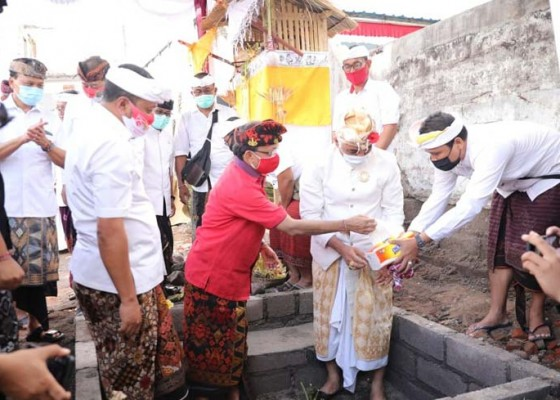 Nusabali.com - gubernur-koster-larang-bendesa-ikut-sampradaya