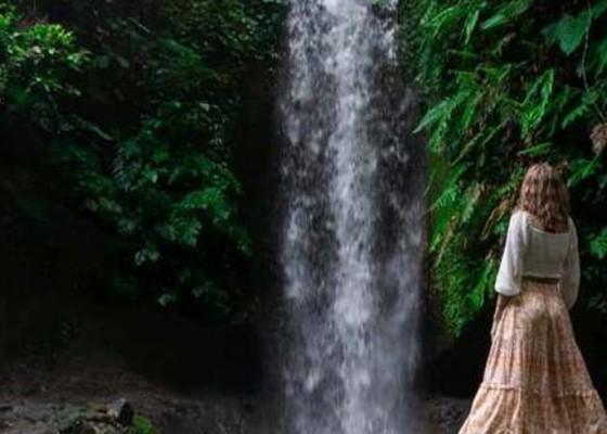 Nusabali.com - pokdarwis-kenderan-genjot-kunjungan-ke-manuaba-waterfall