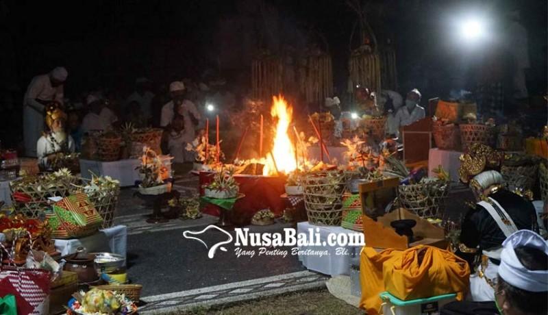 www.nusabali.com-9-sulinggih-muput-ritual-nyomya-covid-19