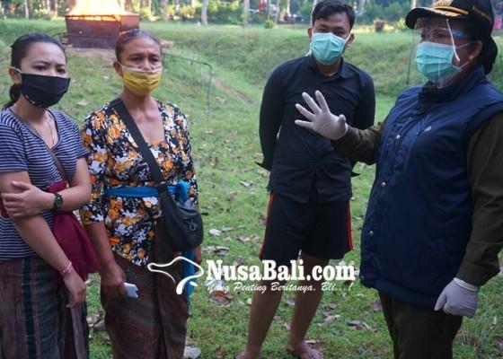 Nusabali.com - 9-meninggal-terkait-corona-bupati-mas-sumatri-terjun-ke-setra