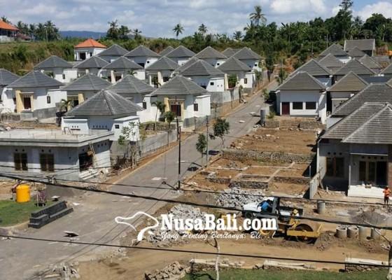 Nusabali.com - ratusan-nop-pbb-di-buleleng-diputihkan