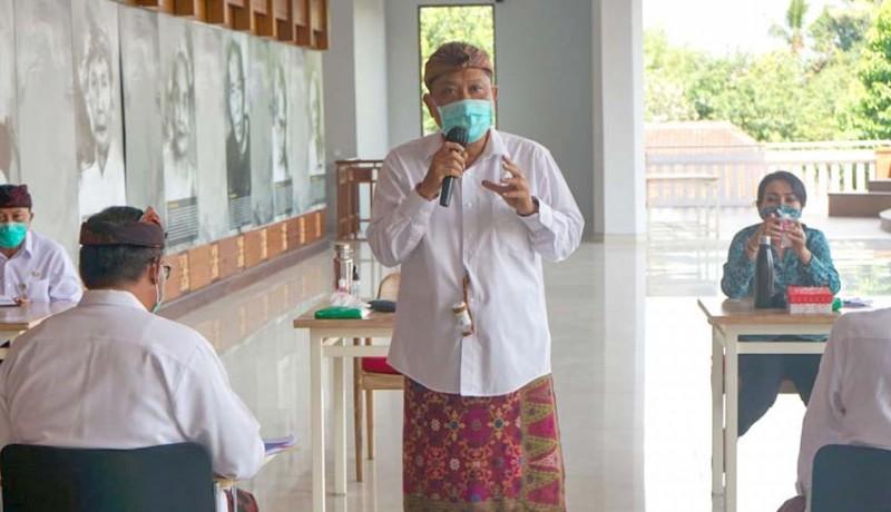 www.nusabali.com-rai-mantra-pkk-jadi-ujung-tombak-pencegahan-dan-penanganan-covid-19-di-rumah-tangga