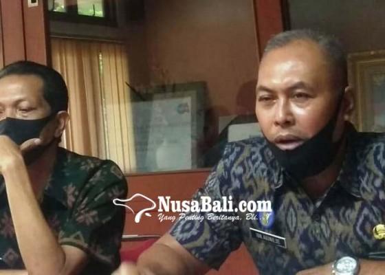 Nusabali.com - mulai-1-september-pengambilan-berkas-adminduk-bisa-lewat-gojek