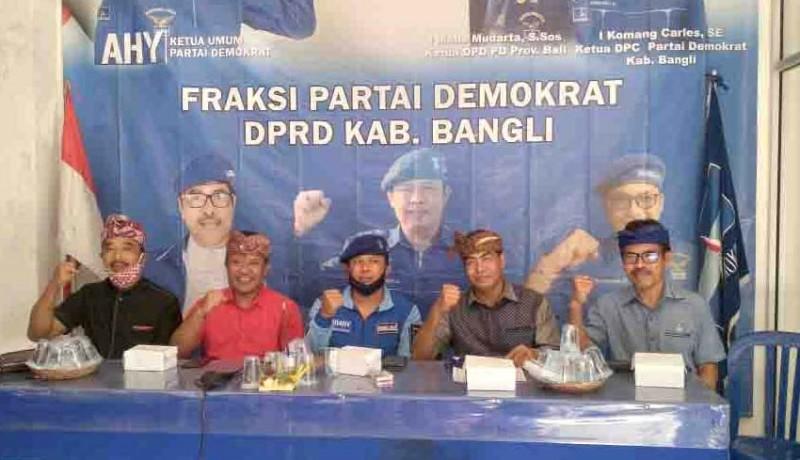 www.nusabali.com-sedana-arta-langsung-konsolidasi-di-kantor-dpc-demokrat