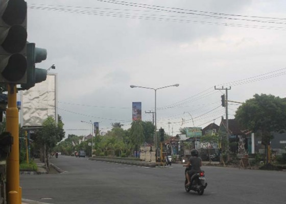 Nusabali.com - traffict-light-adipura-padam-arus-lalin-semrawut