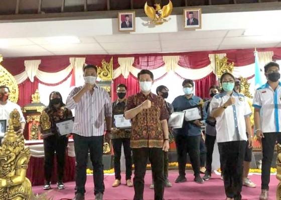 Nusabali.com - generasi-muda-jangan-hanya-mengkritik