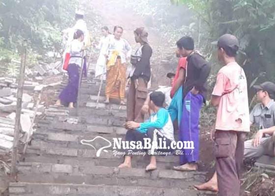 Nusabali.com - pembangunan-tangga-bahagia-kesulitan-biaya-dan-tenaga