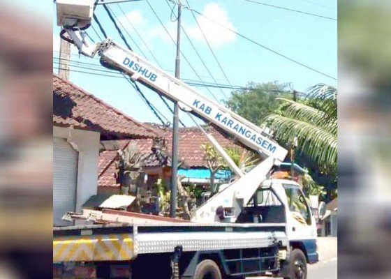 Nusabali.com - dinas-perhubungan-perbaiki-604-titik-lpju