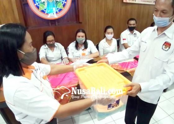 Nusabali.com - kpu-badung-simulasi-proses-pendaftaran-paslon