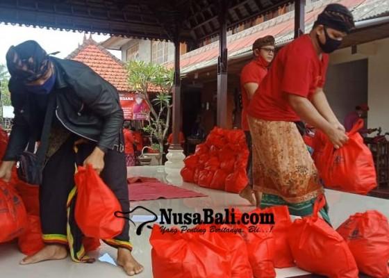 Nusabali.com - struktur-partai-pdi-perjuangan-se-kecamatan-blahbatuh-digelontor-sembako