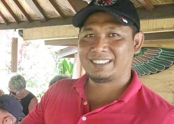 Nusabali.com - keponakan-urip-sundul-edi-wirawan-di-dprd-tabanan