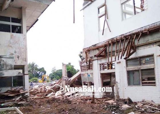 Nusabali.com - bangun-kantor-mda-gedung-eks-rsu-bangli-dibongkar