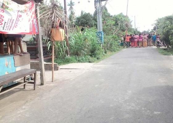 Nusabali.com - paman-kelian-dinas-tewas-tenggak-racun