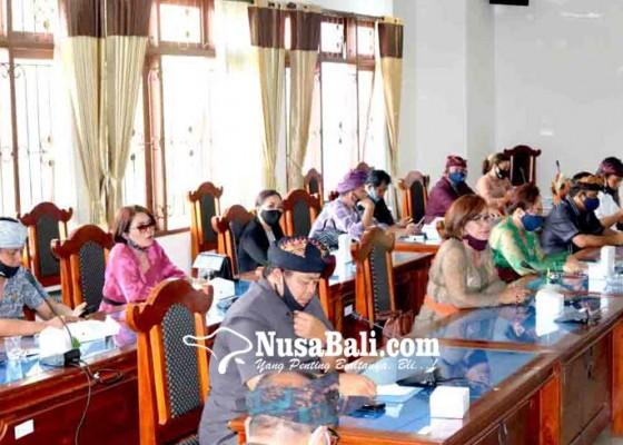 Nusabali.com - dipertanyakan-kekurangan-dana-proyek-pasar-banyuasri