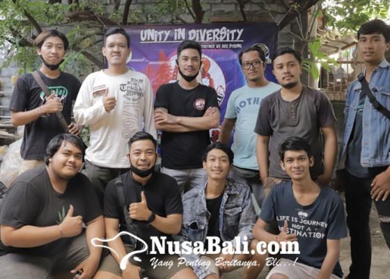 Nusabali.com - ikan-cupang-dicari-dan-diminati-saat-pandemi-covid-19