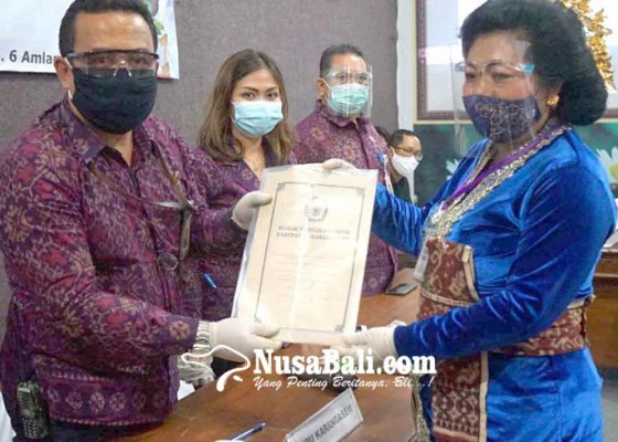 Nusabali.com - sukerana-positif-covid-19-pendaftaran-massker-molor