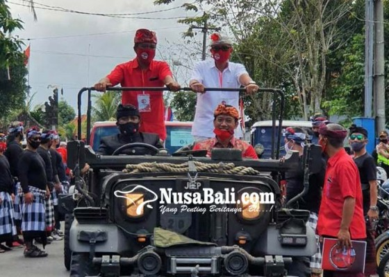 Nusabali.com - mantan-bupati-arnawa-dampingi-sedana-arta-diar