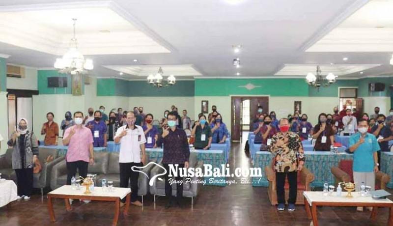 www.nusabali.com-kemenparekraf-latih-44-guru-di-buleleng