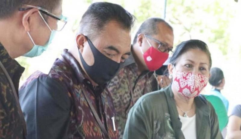 www.nusabali.com-putri-koster-puji-kreativitas-perajin-bali-tengah-pandemi