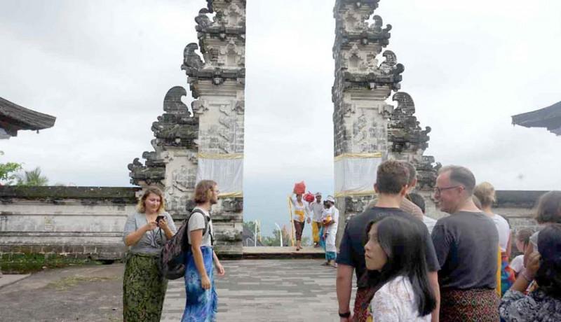 www.nusabali.com-selama-pujawali-wisatawan-diiimbau-tak-ke-lempuyang