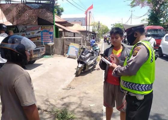 Nusabali.com - mobil-bpbd-buleleng-terlibat-kecelakaan-di-desa-bungkulan