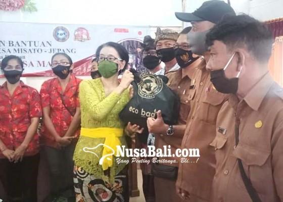 Nusabali.com - berkat-persahabatan-desa-misato-jepang-bantu-720-paket-sembako