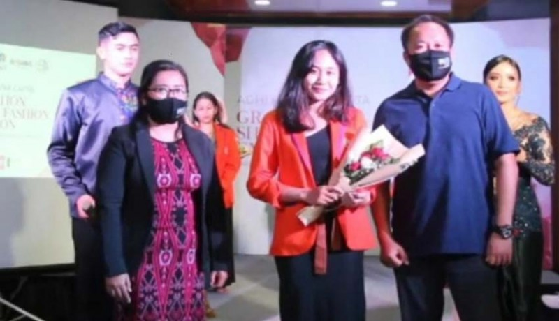 www.nusabali.com-graduation-show-fashion-exhibition-jadi-ajang-pembuktian-mahasiswa-new-media-college