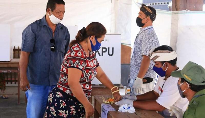 www.nusabali.com-pelantikan-22-perbekel-digelar-di-toss-center