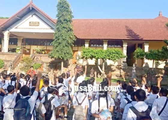 Nusabali.com - dprd-dorong-pembelajaran-tatap-muka-di-nusa-penida